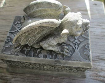 Charming 90s Grey Gargoyle Cache Box, Trinket Stash Jewelry Candy