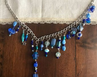 Choker with blue stones-necklace with blue Pendent Glass