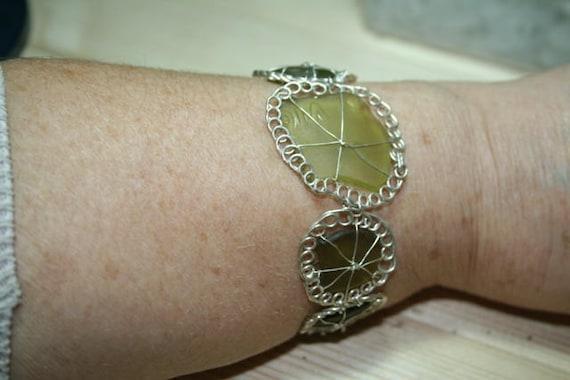 SEAFLOWERS (Olive) SEAGLASS BRACELET - Set in silver