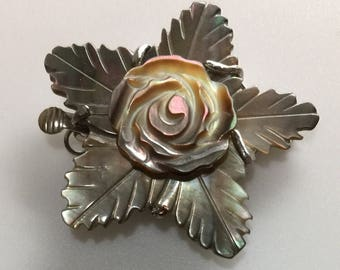 """Mother of Pearl Flower Leaves Accents 1 Strand Clasp 1-1/4"""" Box Shell Fresh Water Pearl Jewelry Finding"""