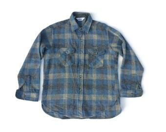 Vintage Mens  PLAID WOOL SHIRT / Woolrich mens 70's plaid long sleeve button down  shirt Mens Activewear Outerwear / Menswear / Mensfashion