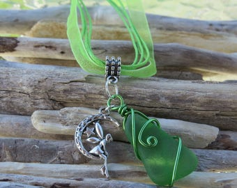 Pendant necklace green frosted glass and Elf charm on the Moon by JosieCoccinelle