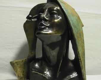 Gomez (reflejo) sculptures,