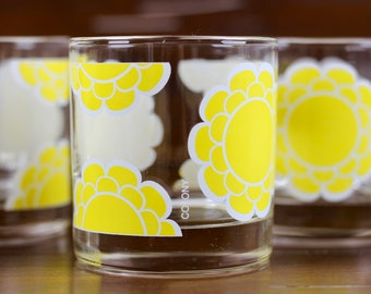 Vintage Yellow Flower Lowball Rocks Glasses by Colony 1970s Set of 4