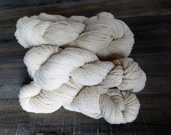 Bulky Alpaca Yarn - Soft White