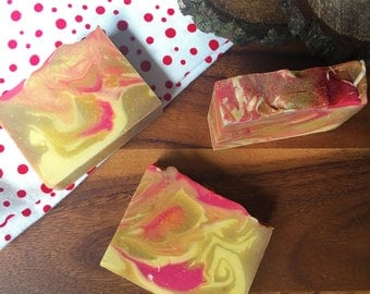 Apple Butter - All Natural Soap Handmade Soap Vegan Soap Christmas Soap Apple Spice - Stocking Stuffer - Valentines Day Gift