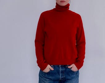 Classic Vintage Red Turtleneck Sweater, Size M