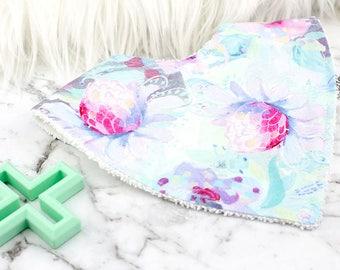 Floral Bandana Bib,Pretty Bib, Baby Girl Bib, Baby Gift, Baby Shower Gift, Baby Bib, Dribble Bib