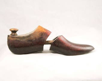 Antique Wooden Shoe Form - Foot Shaped Display Shoemakers Cobblers Last - Solid Carved Smooth Brown Wood Unique Decor - Size 4 1/2 B - 48930
