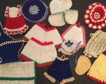 Lot of 17 Vintage Colored Crochet- Novelty C13