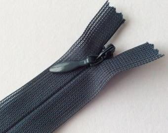 Fermeture éclair invisible gris bleuté 22,5 cm