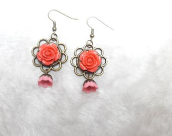 Pretty light Pink Rose earrings