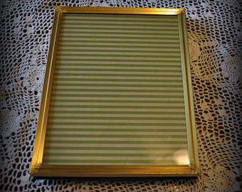 Vintage Gold Metal Picture Frame, 5 x 7 in.