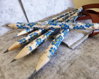 Washi wrapped Japanese pencils and felt pencil case. Set of 5 hand wrapped blue flowers pencils. Teacher, Writer, Artist, Stationary gift.