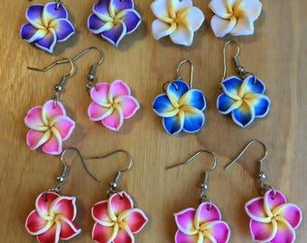 Hawaiian Flower Dangling Earrings