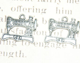 2 charms silver 20x17x2mm sewing machine