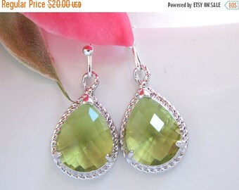 SALE Wedding Jewelry, Bridesmaid  Jewelry, Apple Green Earrings, Peridot, Green, Bridesmaid Gifts, Bridesmaid Earrings, Dangle, Silver, Gift