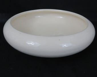 Round Footed Ivory Ceramic Console Bowl - Bulb Bowl or  Centerpiece Dish