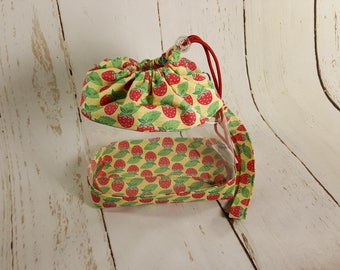 Strawberries Clear Knitting Project Bag, Clear Vinyl  Bag, Sock Knitting Bag, Clear project bag CVS0036