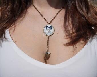 Blue bronze vintage cabochon necklace