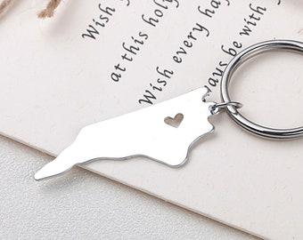 I heart North Carolina keychain - North Carolina keyring - Map Jewelry - State Charm - Map keychain