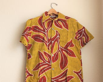Vintage 1960-1970s Men's Hawaiian Barkcloth Shirt/Tiki