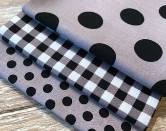 Halloween Fabric, Basics Bundle, 3 Piece Fat Quarter Bundle  - Riley Blake Basics in Black