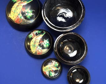 3 Antique Round Wooden Lacquered Nested Trinket Boxes Japan