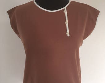 Vintage 1960's Sleeveless Blouse with Button Trim - Approx UK Size 14.