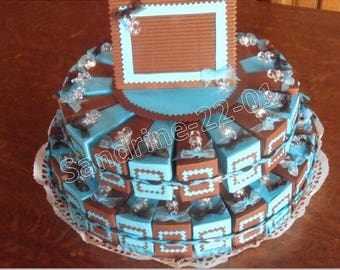 44 cake boxes with turquoise and chocolate dragees