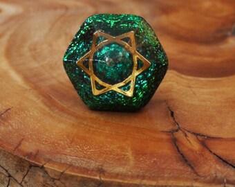 Gold Star of David 25mm pocket pyramid Deep-green Chakra-Tuning Ormus Orgone energy harmonizing crystals Quartz Moldavite Amethyst