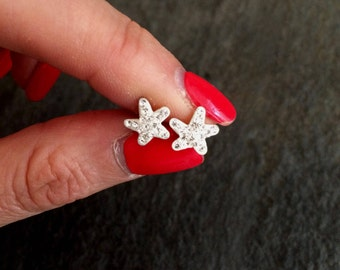 Small Sterling Silver seastar stud earrings - Minimalist  earrings