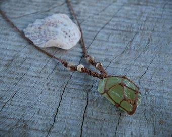 Natural Gem Apatite Macrame Necklace / METALFREE