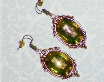 Green Gold Earrings Amber Color Changing Gothic Vintage Style Steampunk Dangle Antique