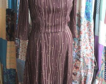Bespoke 3 quater sleeve dress REF605
