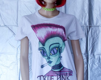 Alien Punk illustration cotton unisex t-shirt hand punkrave rave green cybergoth cyberpunk Crest Fuchsia alternative fashion