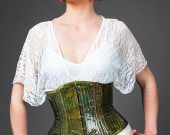Green caiman leather waist cincher