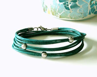 New: Leather Bracelet, turquoise, boho, bracelet, Bead Bracelet, genuine leather bracelet, leather wrap bracelet, bracelet triple wrapped, stainless steel