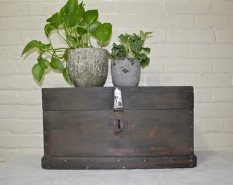 SOLD !!!! *** Wooden Storage Box, Wooden Storage Chest, Primitive, Rustic Style, Industrial