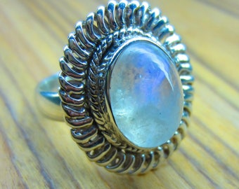 Natural Moonstone Ring, 6.07 GM, Sterling Silver Ring, 92.5% Solid Sterling Silver Ring, Handmade Ring, Size  7.5(US)