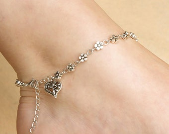 Hearts and Flowers Anklet