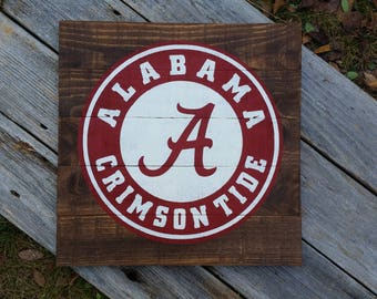 Alabama wooden sign//Crimson Tide//Roll Tide//Alabama Football//Bama//Alabama fan gift//Christmas gift idea//Fathers Day gift Idea