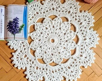 Crochet carpet CHAMOMILE small 27 in. Baby rug - Round circle flower floor lace living room mat. Wedding gift birthday gift, area rug