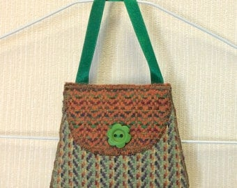 Welsh tweed lavender bag, lavender sachet in green & orange with green ribbon handle