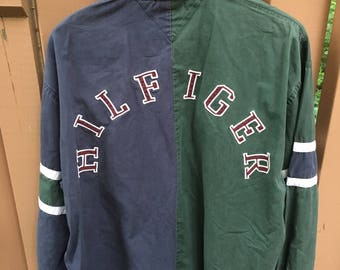 Vintage 90s Tommy Hilfiger Button-down Size XL Cut and Sew Patch Back Stitching