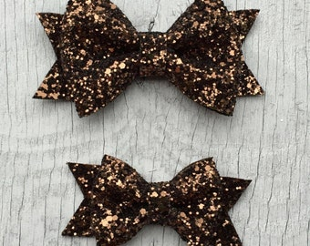 Chocolate Brown Glitter Hair Bow // Glitter Bow Barrette // Sparkly Bow Hair Toddler Clip // Shimmer Hairbow / Glitter bow clip // Hair Bow
