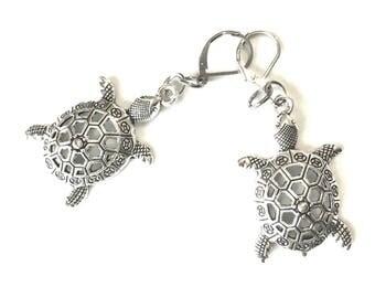 Turtle Earrings, Antique Silver Earrings, Sweet Gift for Her, Souvenir Earring Gift, On Trend Earrings, Turtle Lover Earring Gift