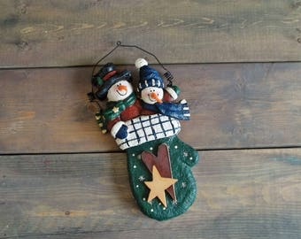 Vintage Paper Mach Wood Christmas Snowman Hanging Wall Decoration Sculpture Statue Xmas Decor Mitten Winter Design Blue Green Red Colors