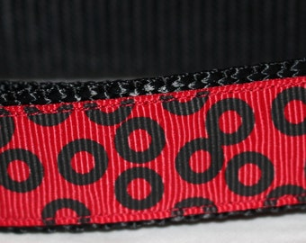 "Red and Black Circle Print Dog Collar - Choose Side Release Buckle or Martingale  (1"" Width)"