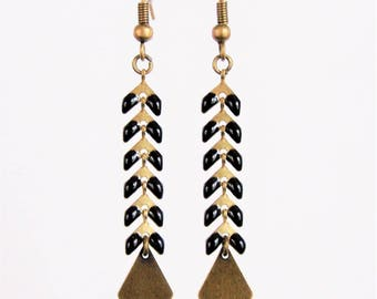 Black spike chain earrings